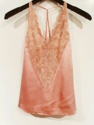Top – Cassie strap top with lace – Soft Peach – Gustav